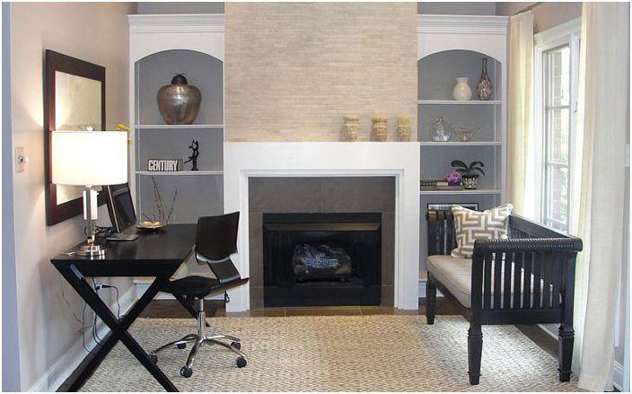 Małe biuro domowe z kominkiem autorstwa Rebekkah Davies Interiors + Design