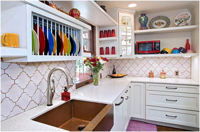 Интерьер кухни в эклектичном стиле от UB Kitchens