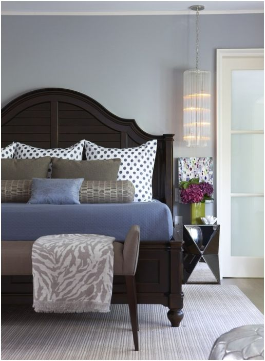 Stylowe łóżko we wnętrzu