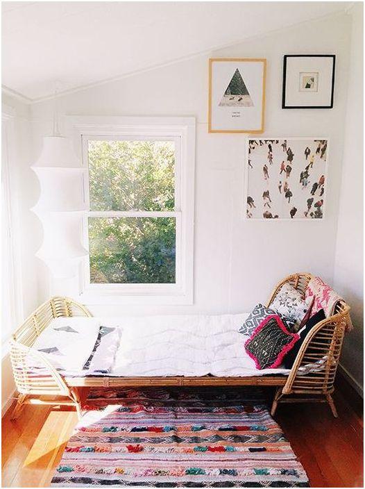 Плетено легло в интериора