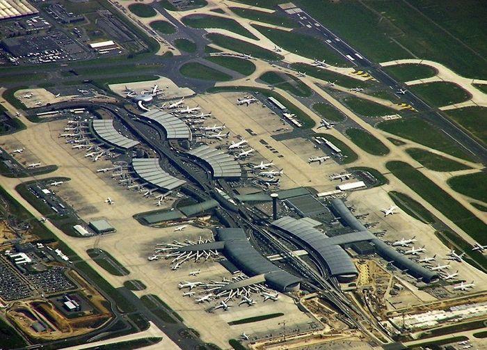 Летище Шарл де Гол в Париж - най-лошото летище в света