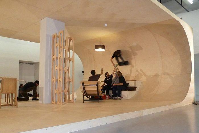 Къща, в която можете да карате скейтборд.