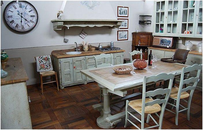 Интерьер кухни от Porte del Passato Srl