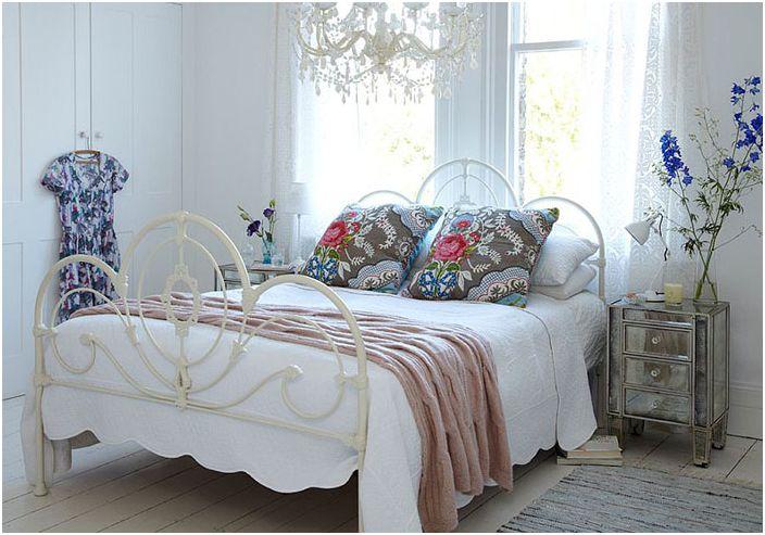 Интериор на спалнята от ригби и мак