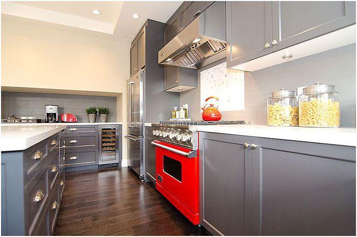 Кухненски интериор от Odenza Homes