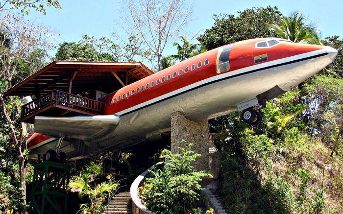 Коста Верде е самолетен хотел.