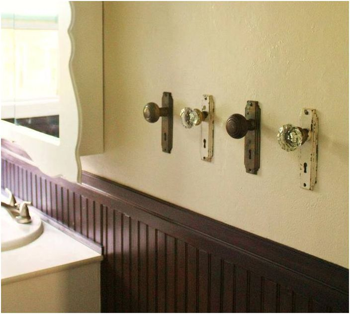 Porte-serviettes en poignées de porte