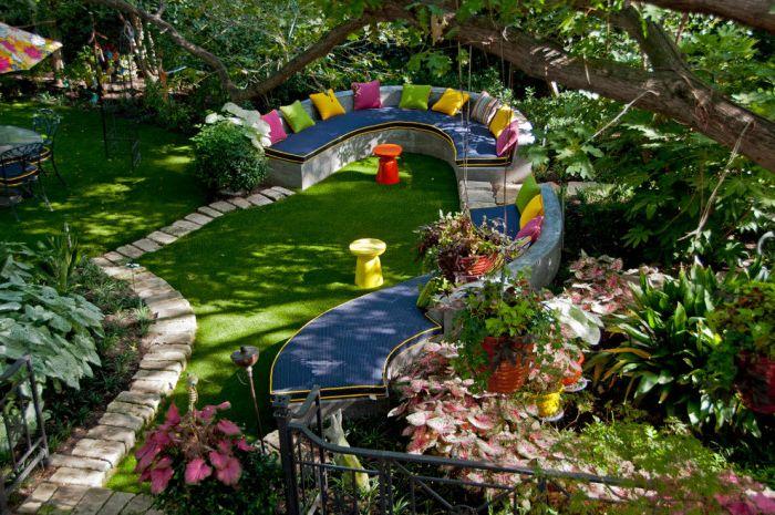 Страхотни идеи за дизайн на задния двор за удобно и забавно изживяване.
