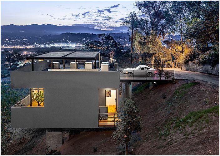 Car Park House е къща с гараж на покрива.
