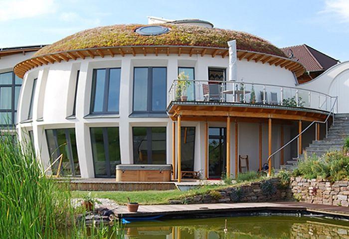 Ekologiczny dom o najniższej emisji CO2.