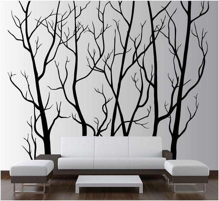 Шикозната комбинация от черно и бяло, особено фините линии на боядисаното дърво на стената, подчертават индивидуалността на интериорния дизайн.