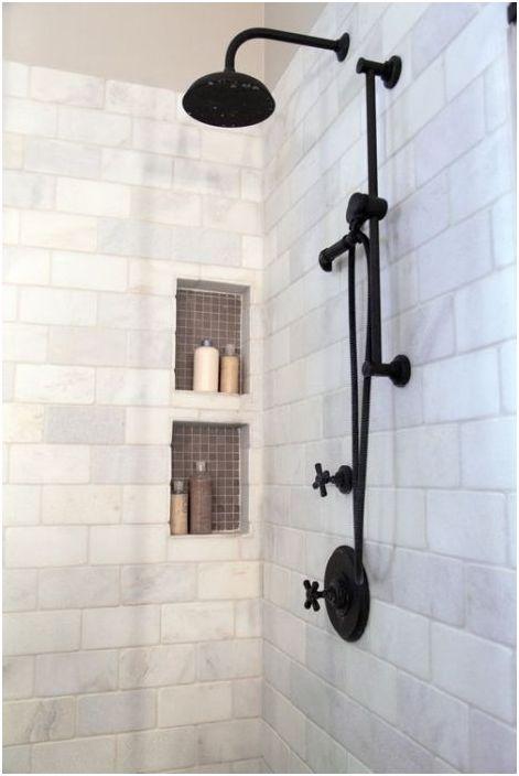 Stylowe wnęki pod prysznicem