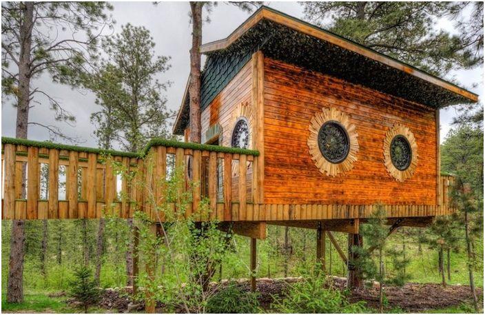 Hobbit Lodge należący do Gordona Macka.