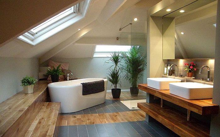 Prysznice pod gwiazdami - 20 luksusowych łazienek ze świetlikami