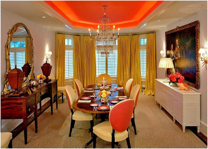 Оранжев таван от Brown Davis Interiors