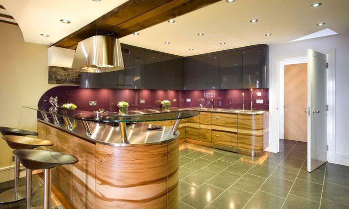 Кухненски интериор от Хемингуей на Anne & Mark