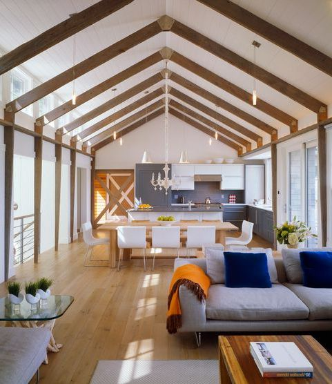 Wnętrze kuchni autorstwa Hutker Architects