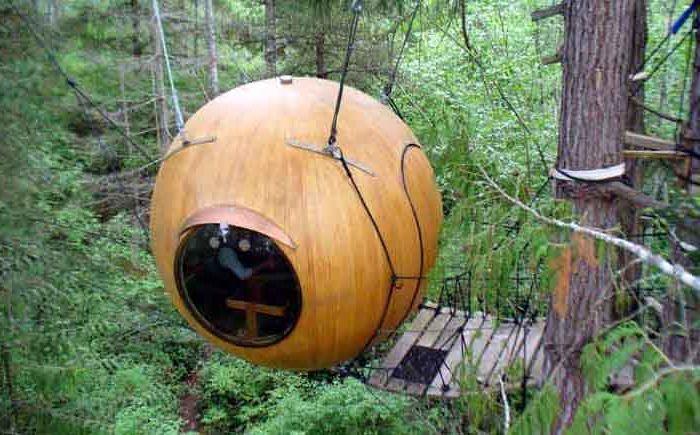 Сферична дървесна къща Free Spirit Sphere