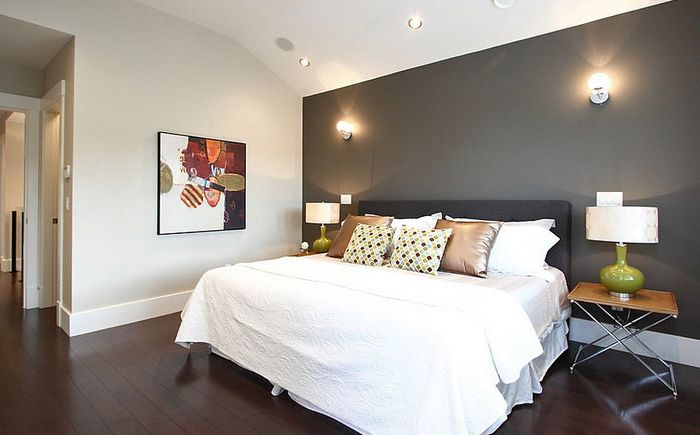 Szara ściana akcentująca w sypialni
