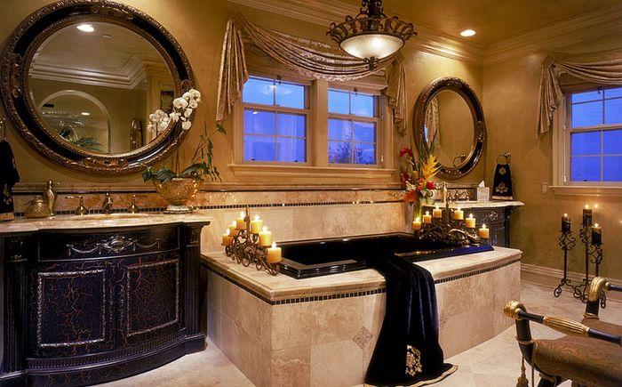 Złoto-czarna łazienka w królewskim śródziemnomorskim stylu