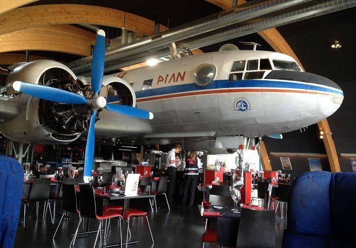'Писта 34' - ресторант на летището в Цюрих.