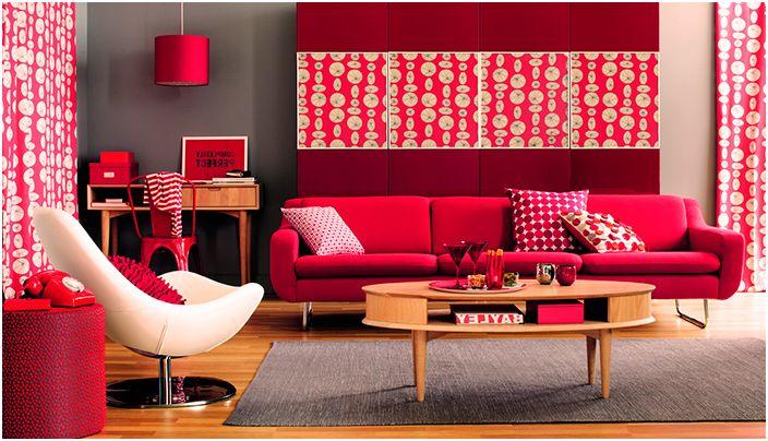 Симпатична стая в ярко червено изглежда просто добре.