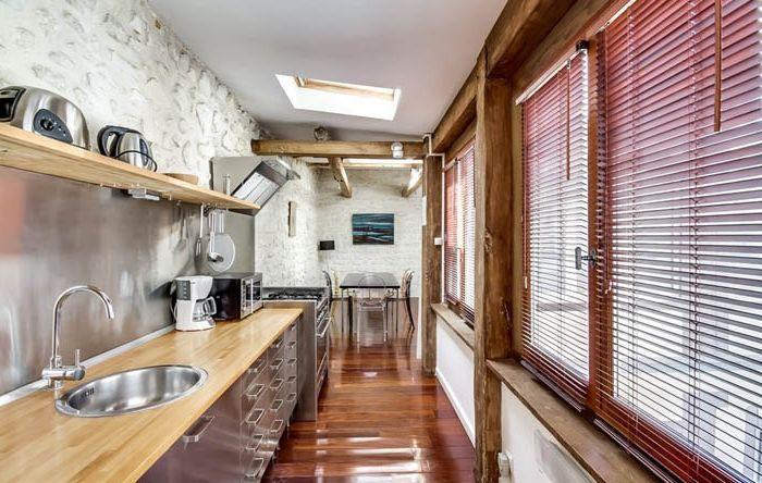 Кухненски интериор в парижки апартамент от meero