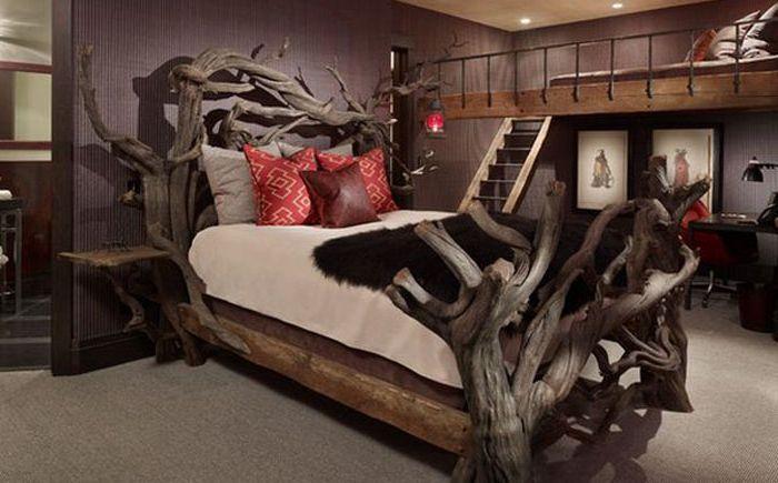 Легло от естествено дърво