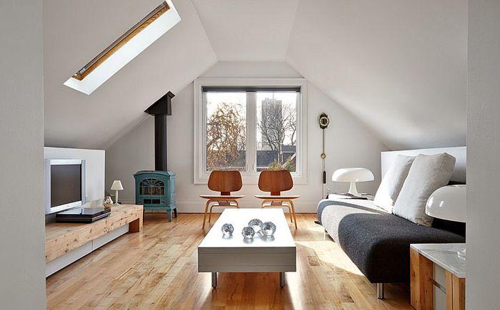 Nappali szoba tetőtérben skandináv stílusban
