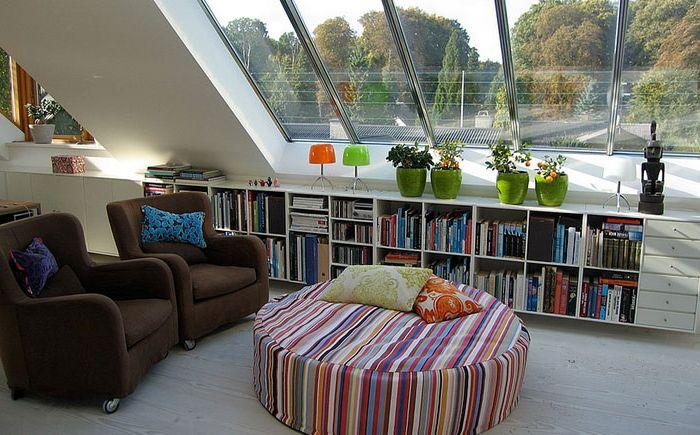 Olvasó sarok a tetőtérben