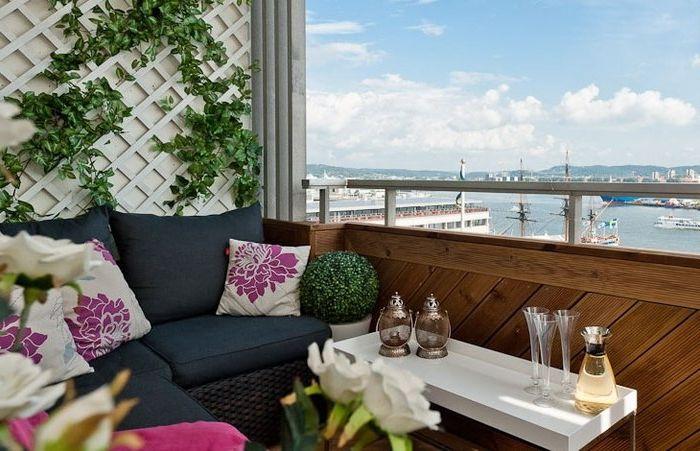 Raj na małym balkonie