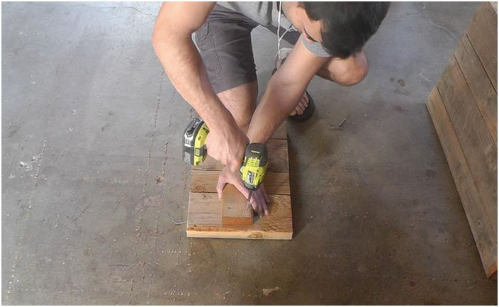 Сглобяване на панели