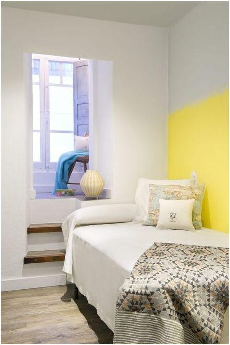 Солнечная гостевая комнатка