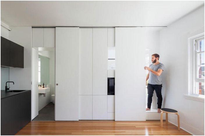Зониращ елемент на малък апартамент