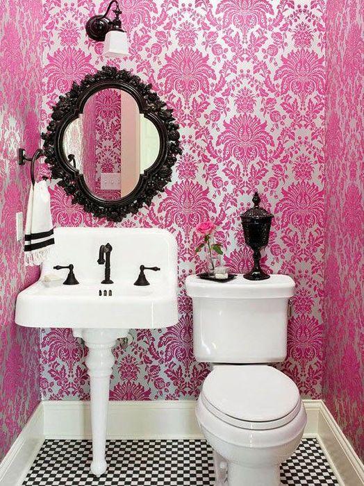 Розовый санузел
