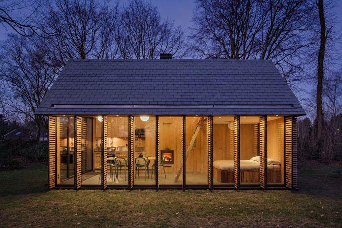 Компактен дом за почивка с променящ се интериор