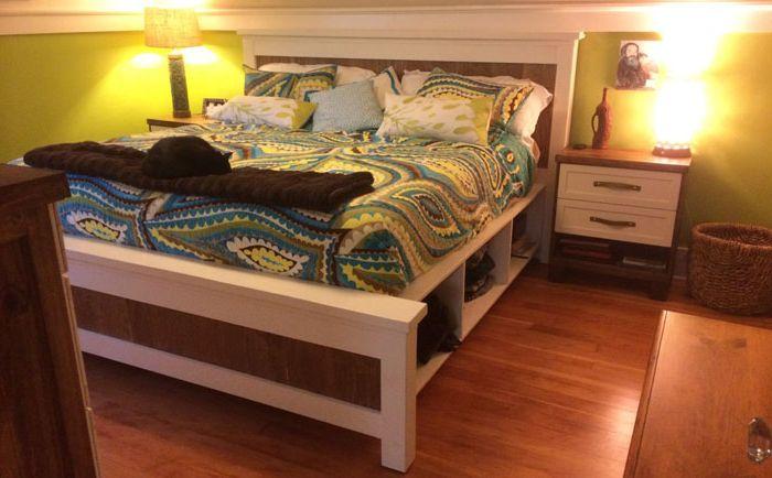 Легло с отворени рафтове