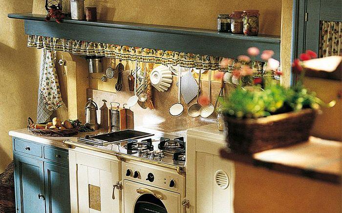 Original rustic kitchen decor