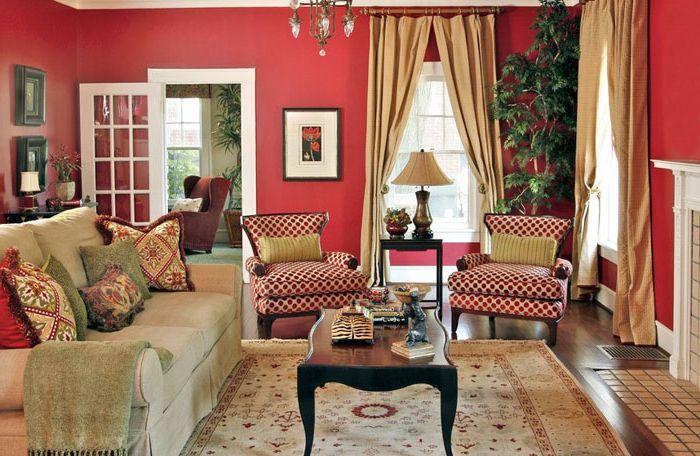Червена всекидневна от Dona Rosene Interiors