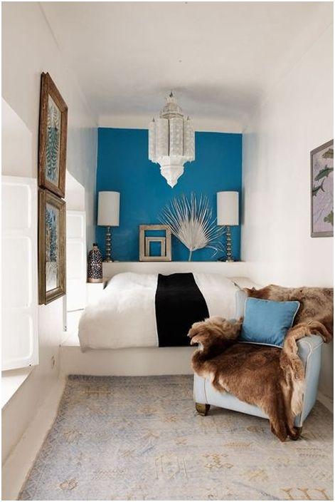 Sypialnia w stylu marokańskim z akcentowaną ścianą