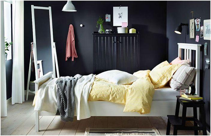 Контрастен интериор с легло NYPONROS