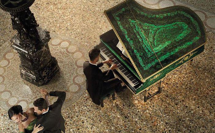 Голямо пиано от Малахит от Балди и Бехщайн