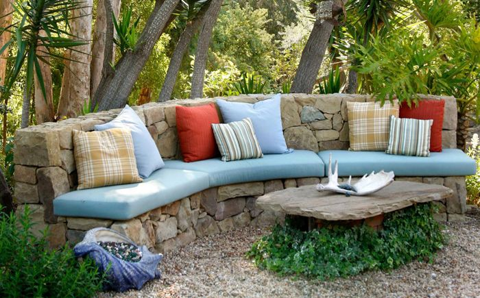 Зона отдыха в саду от Margie Grace - Grace Design Associates