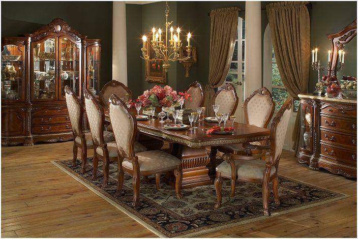 Une jolie chambre avec de belles couleurs et des lignes intérieures parfaites avec un lustre chic, quoi de mieux.