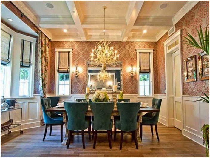 Страхотна комбинация от интериорни мебели за трапезария, комбинирани с полилей.