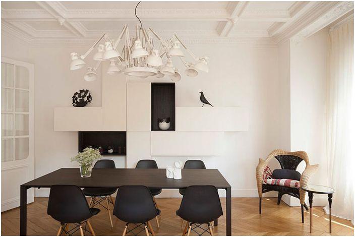 Intérieur de la salle à manger dans un style français moderne