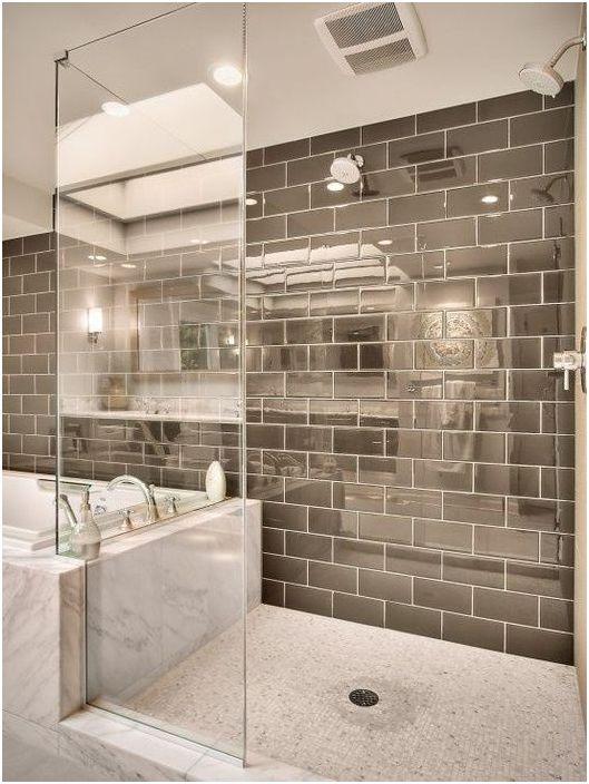 Огледални плочки в интериора на банята