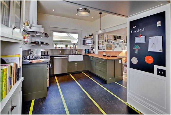 Кухненски интериор от Gaspar & rsquo; s Construction