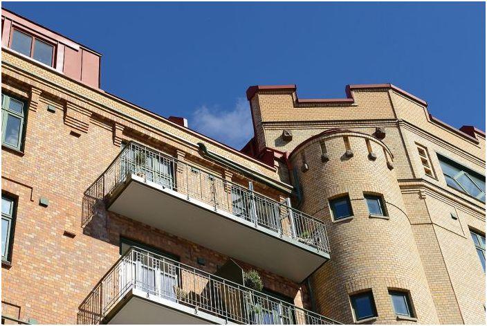 Апартаментът се намира в красива историческа сграда