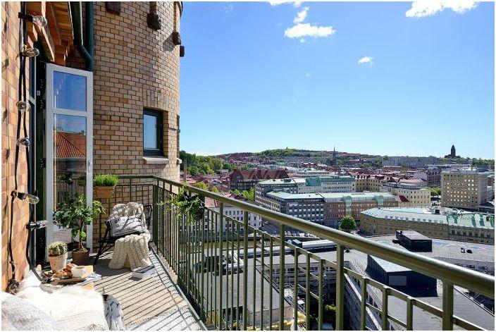 Великолепна гледка от балкона